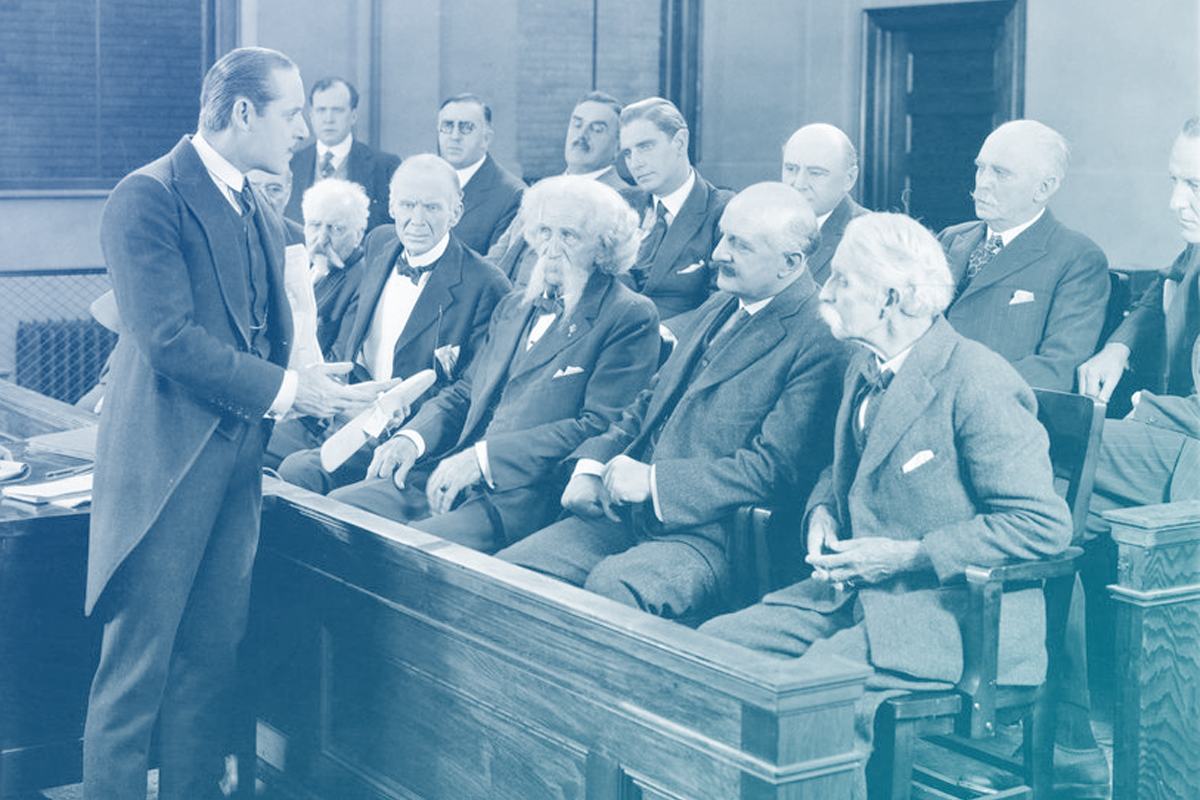 Corte de Argumentação Jurídica com vários presentes