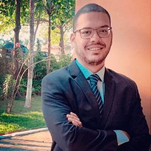 Dr. Irvyng Ribeiro