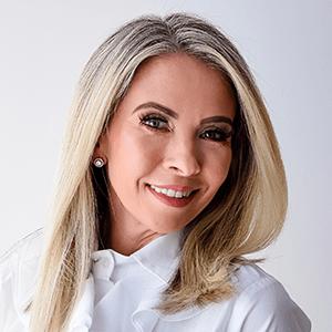 Dra. Alessandra Vernier Busato